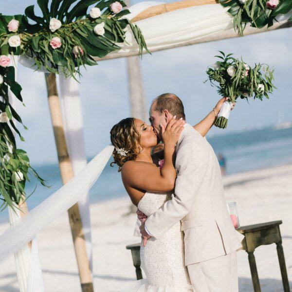 dominika esküvő